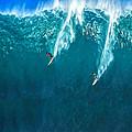 Waimea Bay Giant by Dominic Piperata
