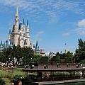 Walt Disney World Orlando by Pixabay