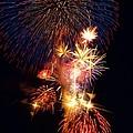 Washington Monument Fireworks 3 by Stuart Litoff