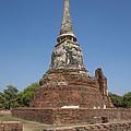 Wat Mahathat Chedi Dtha0238 by Gerry Gantt