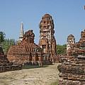 Wat Mahathat Prangs And Chedi Dtha0231 by Gerry Gantt