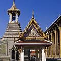 Wat Phra Kaew by Sally Weigand