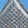 Wat Prot Ket Chettharam Phra Ubosot Gable Dthb1888 by Gerry Gantt