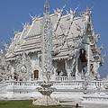 Wat Rong Khun Ubosot Dthcr0045 by Gerry Gantt