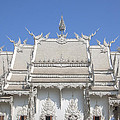 Wat Rong Khun Ubosot Roof Dthcr0036 by Gerry Gantt