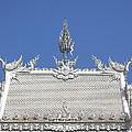 Wat Rong Khun Ubosot Roof Dthcr0038 by Gerry Gantt