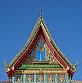 Wat Warinthraram Wiharn Gable Dthu506 by Gerry Gantt