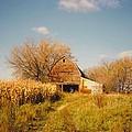 Weathered Barn by Robert Floyd