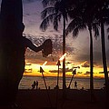 When The Night Come Sunset At The Beach by Tsieu Phang