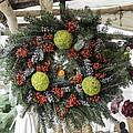 Williamsburg Wreath Squared by Teresa Mucha