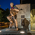 Austin Willie Nelson Statue by Tod and Cynthia Grubbs