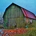 Winter Barn by Daniel Thompson