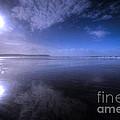 Woolacombe Beach In Blue  by Rob Hawkins