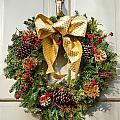 Wreath 32 by William Krumpelman