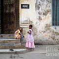 Zanzibar Childrens 05 by Giorgio Darrigo