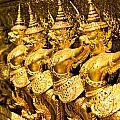 Wat Phra Kaeo by Luciano Mortula