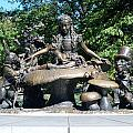 Alice In Wonderland In Central Park by Rob Hans