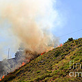 Barnett Fire by Henrik Lehnerer