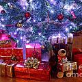 Christmas Tree And Presents by Richard Thomas