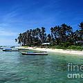Derawan Island by Antoni Halim