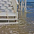 Incoming Tide by Betsy Knapp