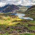 Llyn Idwal Lake by Adrian Evans