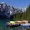 Moraine, Lake, Banff Nationalpark, Alberta by Hans-Peter Merten
