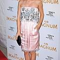 Rachel Bilson Wearing A Chanel Couture by Everett