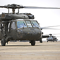 Uh-60 Black Hawks Taxis by Terry Moore
