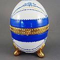 1529 Hinged Egg-box by Wilma Manhardt