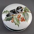 1647 Chickadee Box by Wilma Manhardt