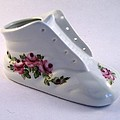 1707 Baby Shoe Pink Roses by Wilma Manhardt
