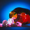 Analgesic Pills by Tek Image