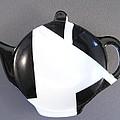 367 Teabag Holder Black White by Wilma Manhardt
