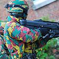 A Belgian Paratrooper  Handling The Fn by Luc De Jaeger