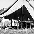 Abraham Lincoln Meeting With General Mcclellan - Antietam - October 3 1862 by International  Images