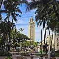 Aloha Tower II by Tomas del Amo