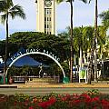 Aloha Tower by Tomas del Amo