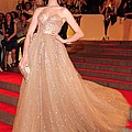 Anne Hathaway Wearing  A Valentino Gown by Everett