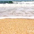 Approaching Wave by Hideaki Sakurai