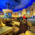 Aqua Bar by Yhun Suarez