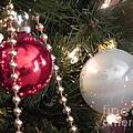 Be Merry by Chrisann Ellis