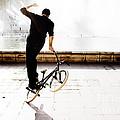 Bike Mx by Gabriel Calahorra