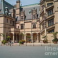 Biltmore House by Terry Hunt