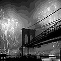 Brooklyn Bridge Fireworks Bw16 by Scott Kelley