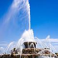 Buckingham Fountain In Chicago by Paul Velgos