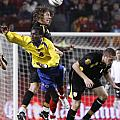 Carles Puyol Jumping by Agusti Pardo Rossello