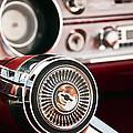 Chevy 327 Malibu Ss by Glenn Gordon
