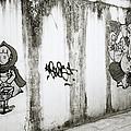Chiang Mai Graffiti by Shaun Higson