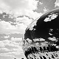 Chicago's Cloud Gate by Laura Kinker
